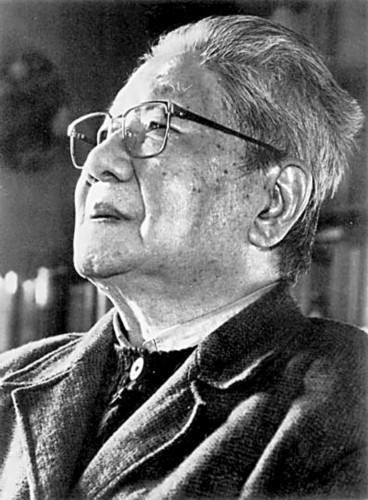 <a href='http://www.dushui.ren/huiyuan/' target='_blank'><u>诗人</u></a>冯至<a href='http://www.dushui.ren/shige/xd/jingxuan/' target='_blank'><u><a href='http://www.dushui.ren/jingdian/shige/' target='_blank'><u>现代<a href='http://www.dushui.ren/' target='_blank'><u>诗歌</u></a></u></a>精选</u></a>五首