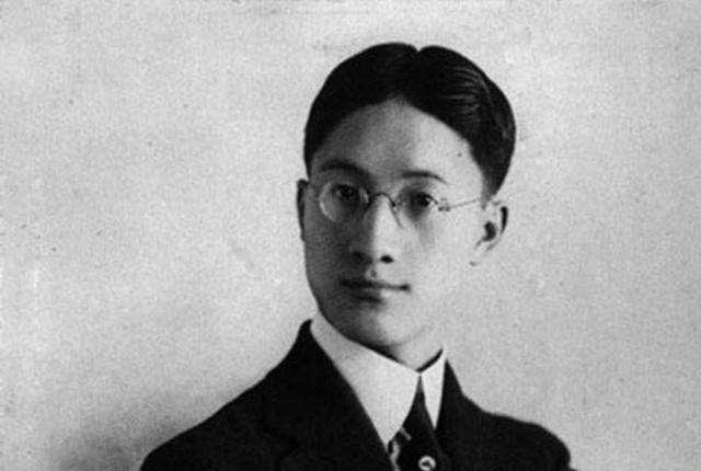 中国<a href='http://www.dushui.ren/shixuan/xiandaishi/' target='_blank'><u>新诗</u></a>前二十强新鲜出炉,首首经典,百读不厌